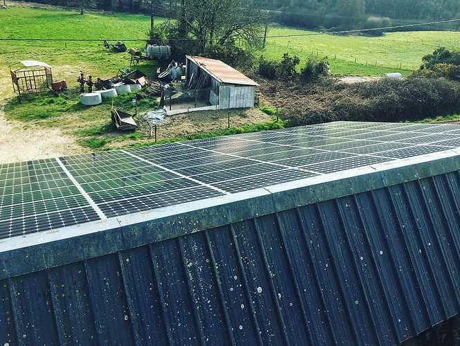Nettoyage 600 m2 de panneaux photovoltaïques solar2