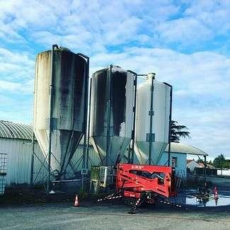 Nettoyage 1537m2 panneaux solaires exploitation agricoles - Châteauroux 0